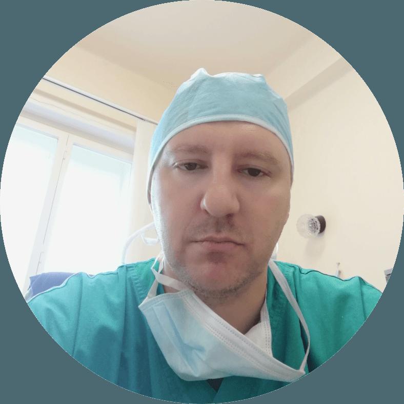 Doktor MUDr. Daniel Říha, Artrocentrum –Ortopedie s.r.o., Praha